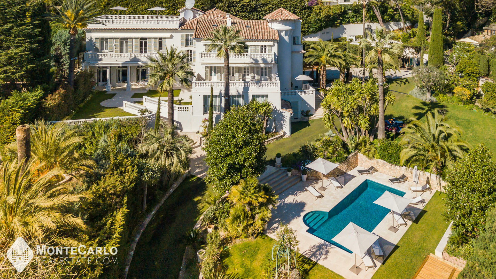 Rental Cannes - Château / +5 rooms : 200 000 €   Monte-Carlo Real Estate [LSF0320-12]