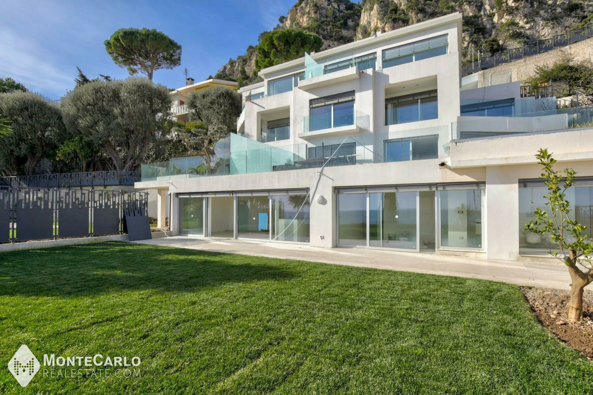 For sale Cap-d'Ail - Apartment / 2 rooms : 1 325 000 € | Monte-Carlo Real Estate [519V900557A]